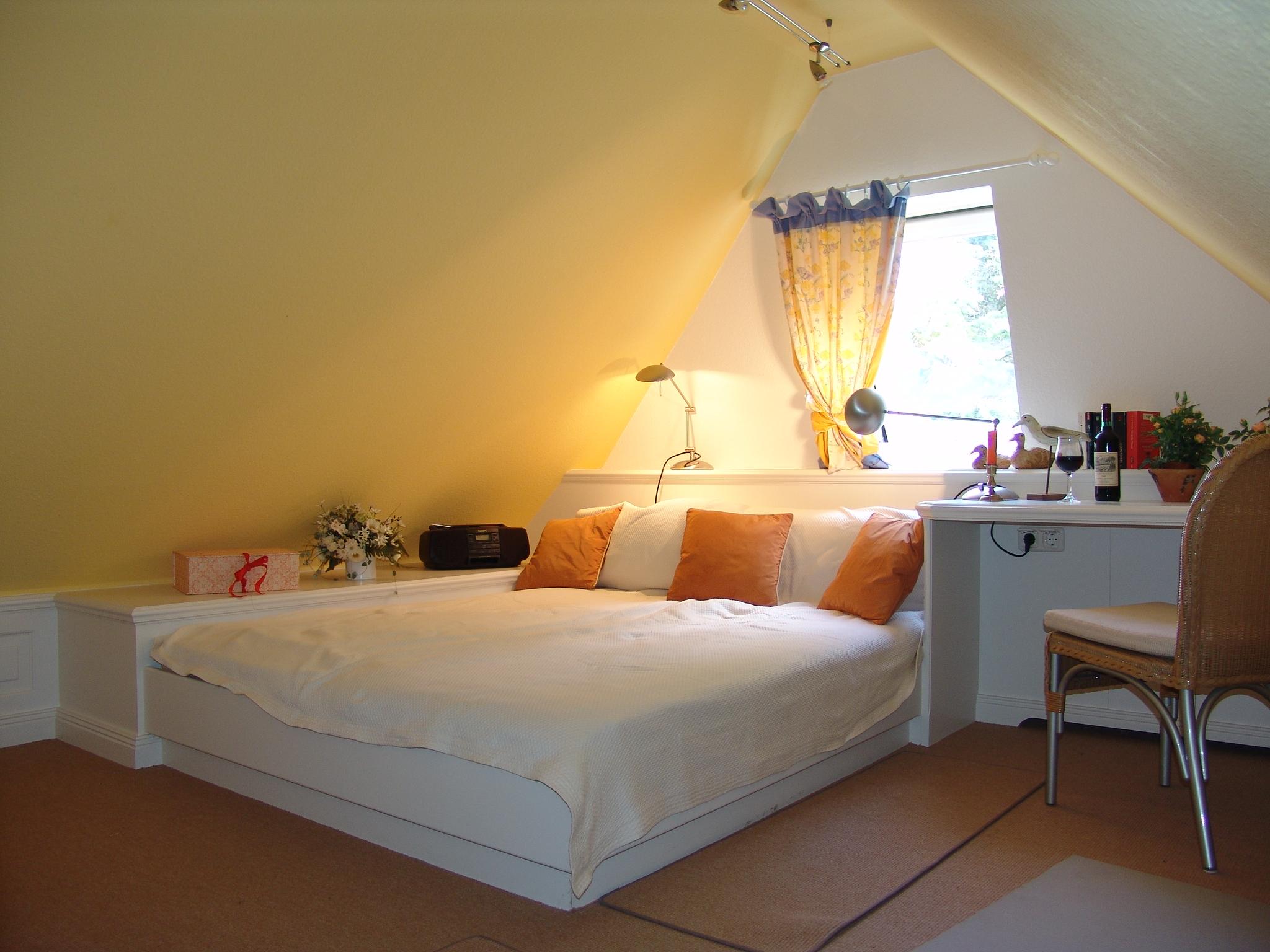 dachgeschoss kinderfreundliches ferienhaus auf sylt. Black Bedroom Furniture Sets. Home Design Ideas